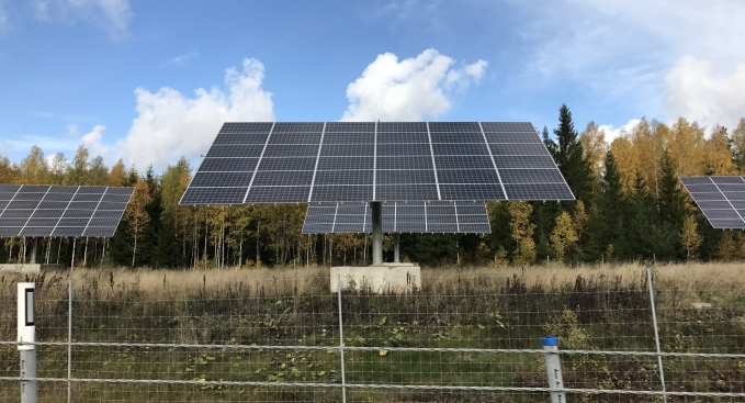 solar-cells-photo-by-helena-thoren.jpg